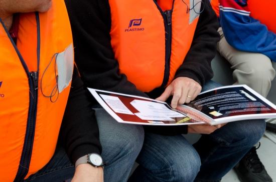 Team building, Zodiac Rally on the Seine River - 4