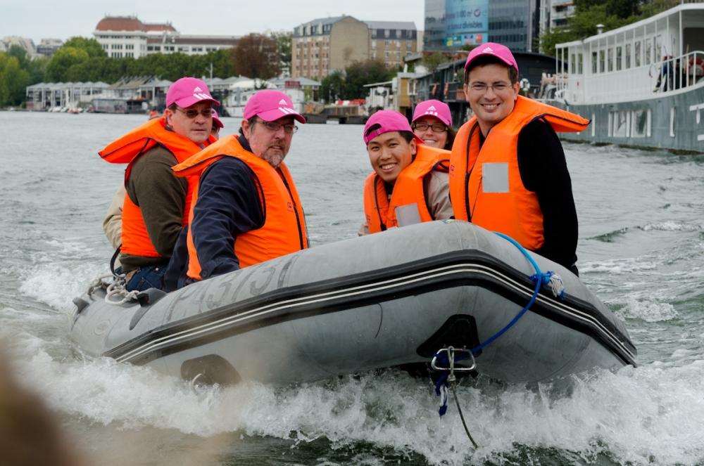 Team building, Zodiac Rally on the Seine River - 6