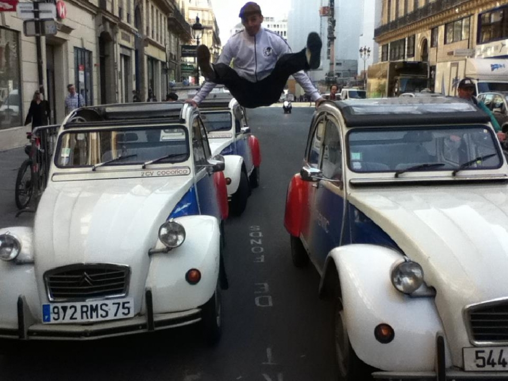 Team building, Discover Paris in authentic 2CV - 2